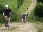 A_vélo_et_d_aitres_a_pied